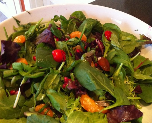 Arugula and Pomegranate Salad with Lemon Ginger Vinaigrette